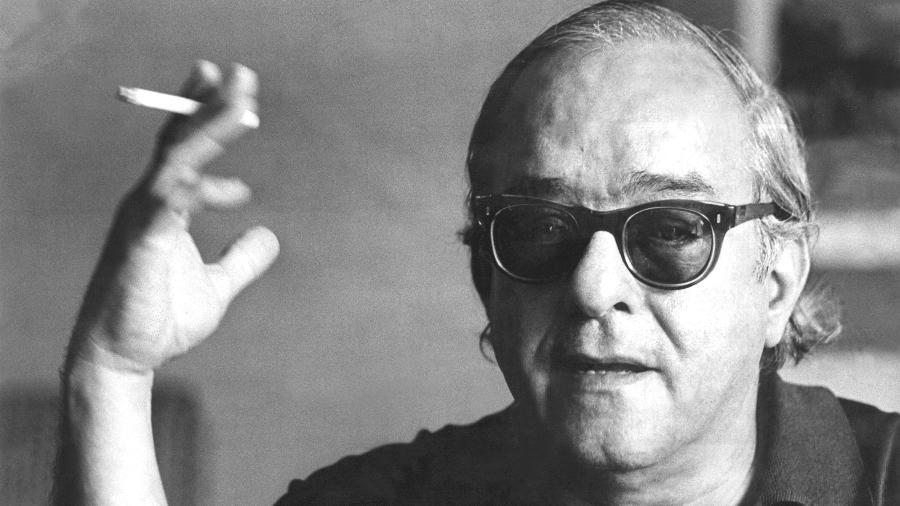 O poeta, compositor e diplomata Vinicius de Moraes, em 1967 - Folhapress