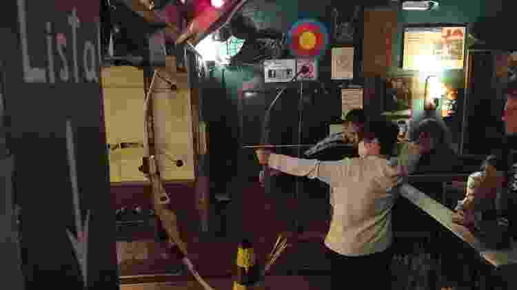 arco e flecha - Rodrigo Bertolotto/UOL - Rodrigo Bertolotto/UOL