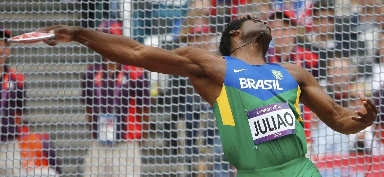 O atleta brasileiro Ronald Julião, nas provas classificatórias dos Jogos Olímpicos de Londres (2012) - Kai Pfaffenbach/Reuters