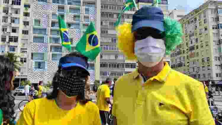 Wanda e Ricardo Lemos, cirurgiã dentista e médico, em manifestação do Sete de Setembro, no Rio - Elisa Soupin/UOL - Elisa Soupin/UOL