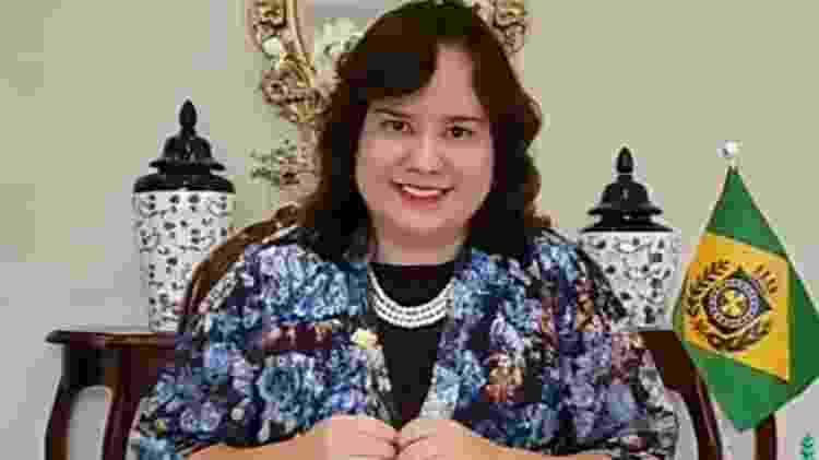 Julia Bittencourt no 1° Encontro Monárquico da Ordem dos Jovens Monarquistas - Reprodução/YouTube - Reprodução/YouTube