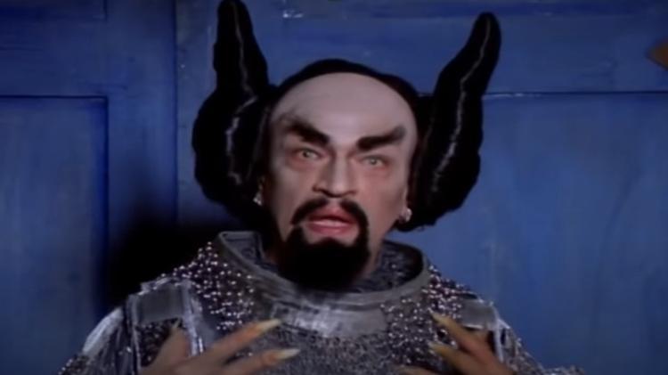 """O diabo (interpretado por Luis Melo), em """"O Auto da Compadecida"""" (2000) - Reprodução - Reprodução"""