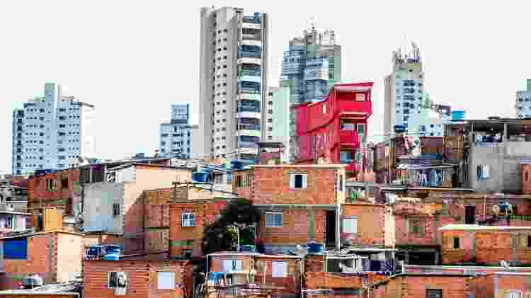Paraisópolis é buscado para locações pelas imagens contrastante com seu entorno rico do Morumbi - Edson Lopes Jr./UOL
