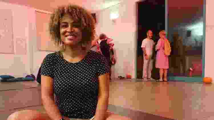 A terapeuta Domênica Cristina Alves, que participou da Rave Quântica - Caroline Apple/UOL