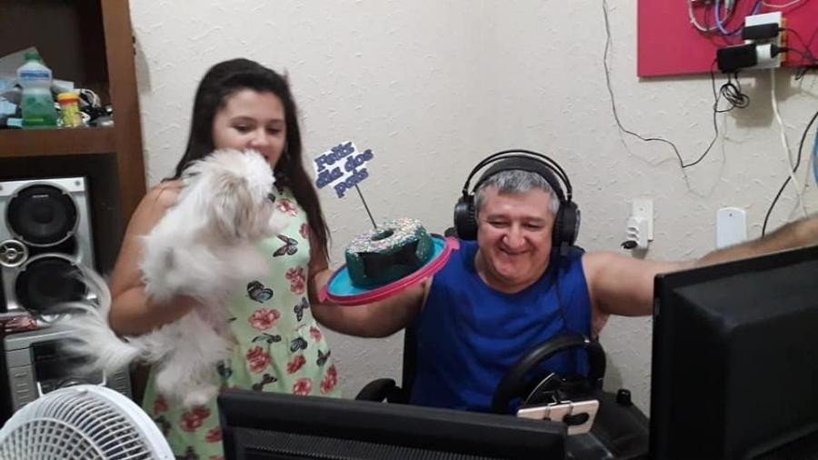 Jairo Luiz Castaldeli, o Madal, e sua filha no Dia dos Pais de 2020 - Arquivo pessoal