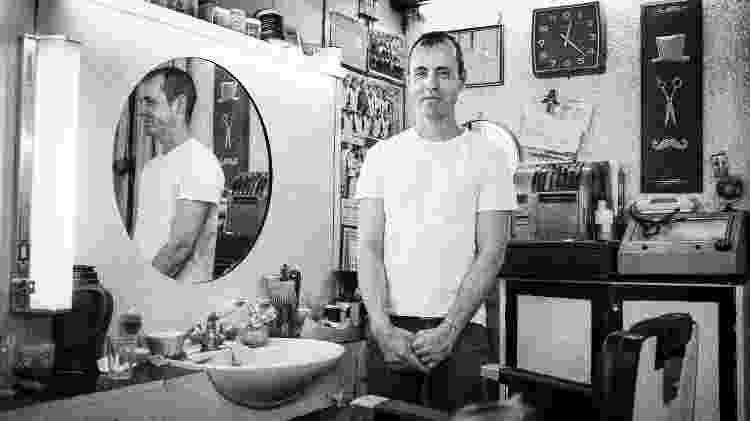 TAB Trombadas - José Luiz Borges da Silva, o dono da barbearia Salão Genial - Christian Carvalho Cruz/UOL - Christian Carvalho Cruz/UOL