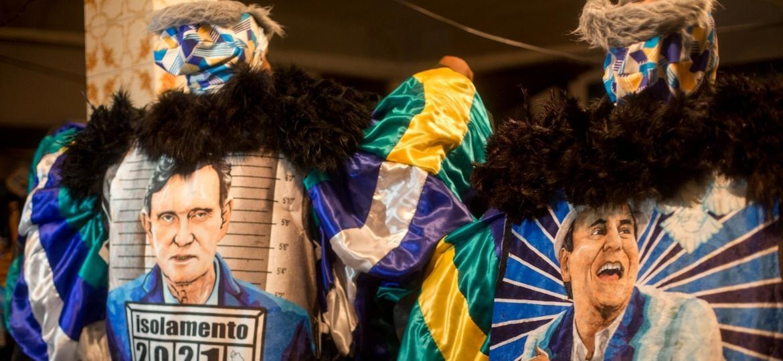 Bate-bolas desfilam no sábado de carnaval, no Rio, mesmo com a proibição do prefeito, Eduardo Paes - Matias Maxx/UOL