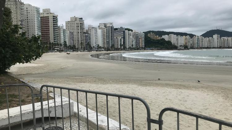 Empty beach - Felipe Pereira - Felipe Pereira