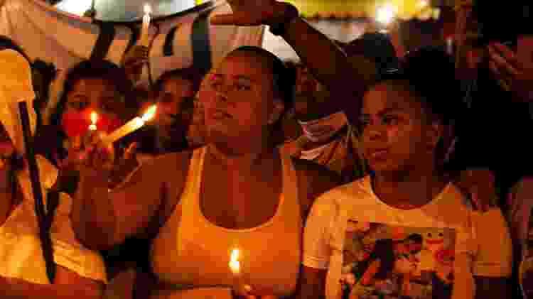 Sogra e esposa de Omar Pereira da Silva, morto no Jacarezinho (RJ) - Fabiana Batista/UOL - Fabiana Batista/UOL