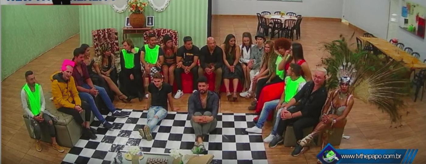 O reality show independente, criado por Rogério Rocha, estreou no dia 10 de maio e recebeu 21 participantes anônimos e famosos - Reprodução/New Face Reality Brasil