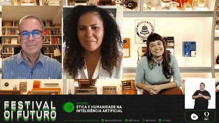 """Safiya Noble, Sergio Branco e Gabriela Agustini na mesa """"Ética e humanidade na inteligência artificial"""" - Oi Futuro/Reprodução - Oi Futuro/Reprodução"""