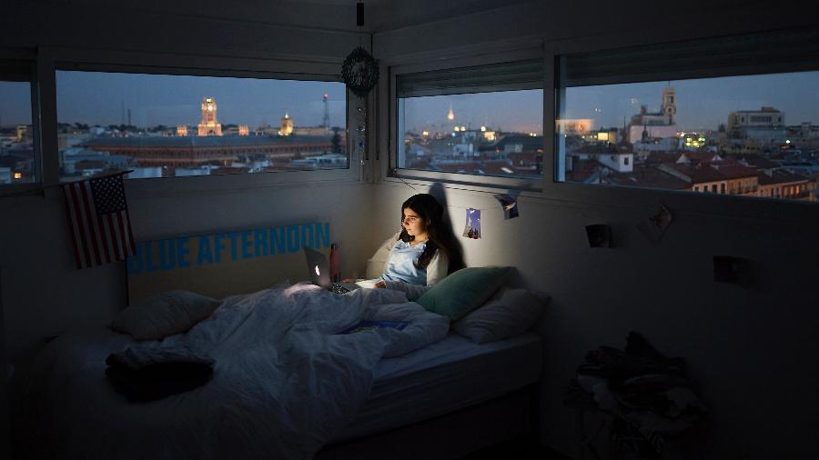 A socialização mediada por telas pode tornar as relações entre jovens ainda mais frias daqui pra frente - Carlos Alvarez Getty Images