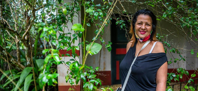 Renata Cândido Rodrigues, que trabalhou como cozinheira para Clodovil Hernandes, em Ubatuba, no litoral norte de São Paulo - Edson Lopes Jr./UOL