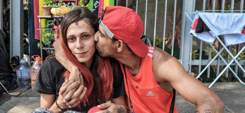 O casal Mariana Fortunato da Costa e Danilo Nolasco - Reinaldo Canato/UOL