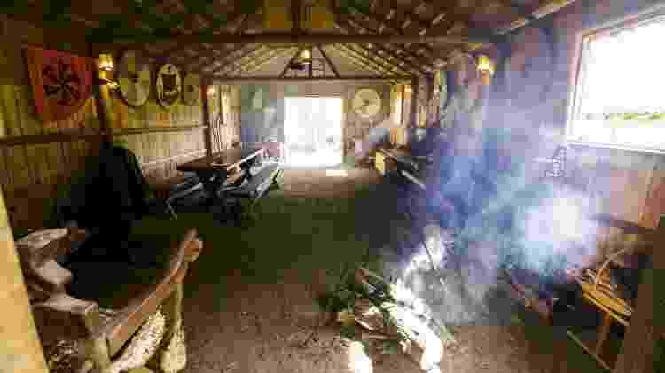 O Grande Salão da Vila Viking Brasil, em Juquitiba (SP) - Ricardo Matsukawa/UOL - Ricardo Matsukawa/UOL