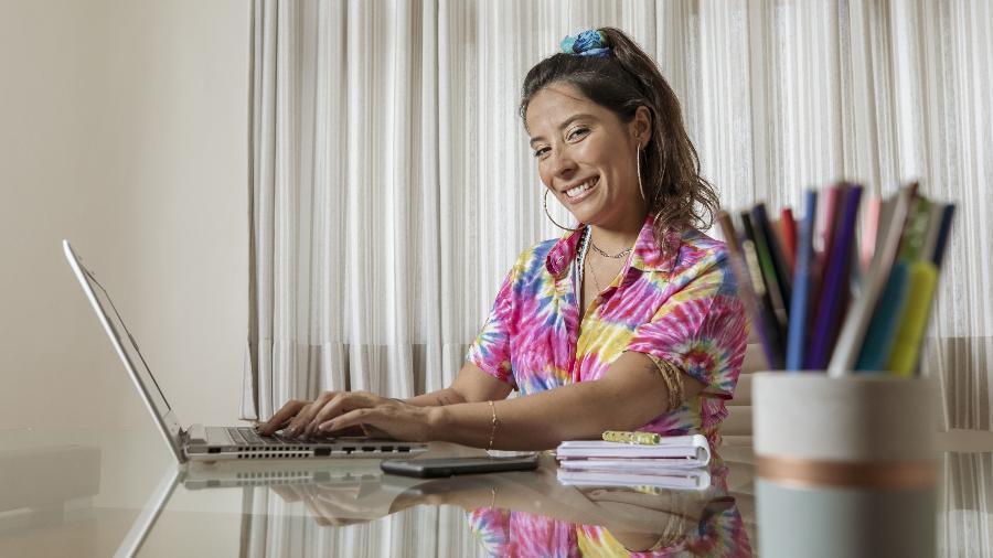 A assessora de influencers Fabiana Carrazedo: ela se divide entre a Vila Mariana e a cidade de Santos, no litoral sul de São Paulo - Mariana Pekin/UOL