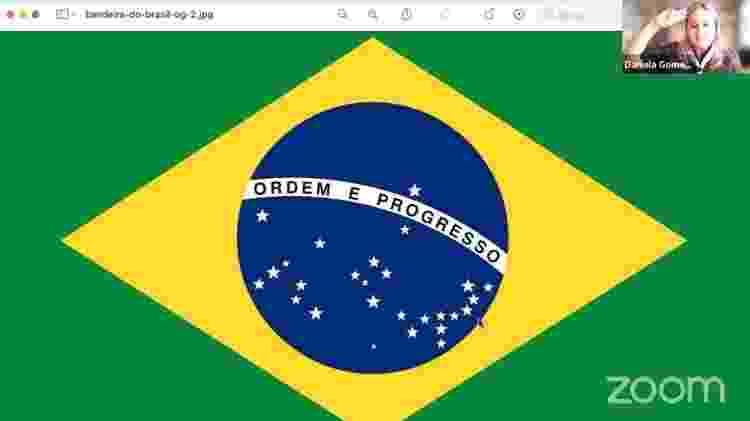 Momento de saudar a bandeira, durante Assembleia Nacional dos Escoteiros do Brasil realizada online, em setembro - Reprodução - Reprodução