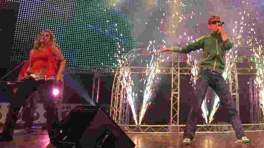 O cantor Kasino se apresenta na terceira edição do Planet Pop Festival, em 2006 - Divulgação/Arquivo pessoal de Tibor Yuzo