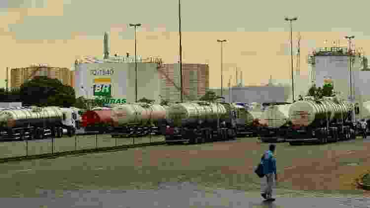 Replan, refinaria da Petrobras em Paulínia (SP), durante a greve dos caminhoneiros em 2018 - Rovena Rosa/Agência Brasil - Rovena Rosa/Agência Brasil