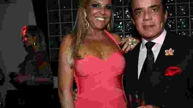 Chiquinho Scarpa e Marlene Tuffi no aniversário do jornalista e apresentador Paulo Sanseverino, em SP - Foto Rio News - Foto Rio News