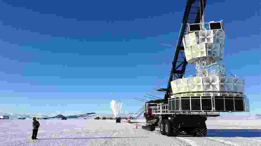 Experimento Anita, na Antártida, que gerou especulações nas redes sobre a existência de uma dimensão paralela  - Nasa