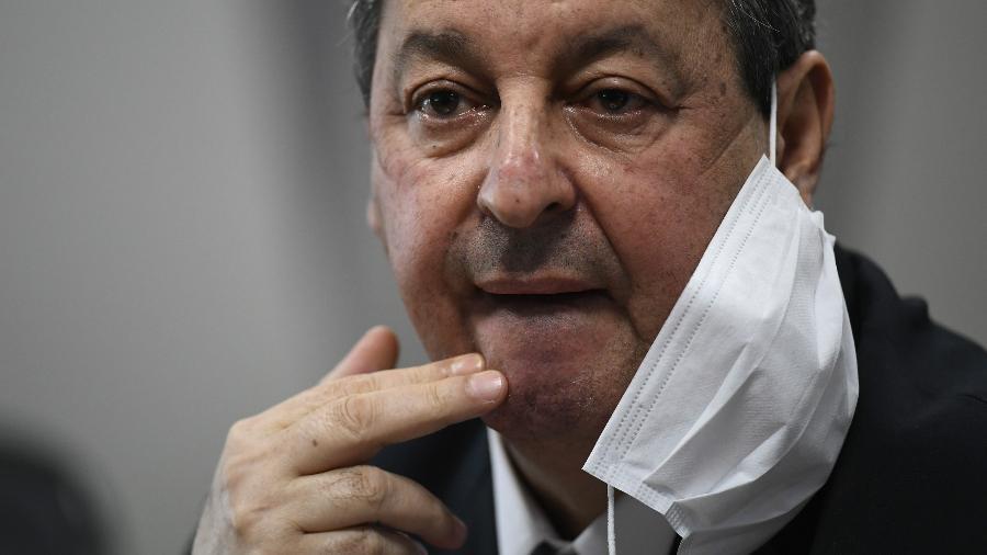 """""""A partir do momento que surge um fato importante, nós temos que ouvir as pessoas"""", disse o senador - Mateus Bonomi/AGIF"""