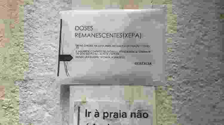 Informativos na UBS Humberto Pasquale, no bairro de Santa Cecília, em São Paulo - Claudia Castelo Branco/UOL - Claudia Castelo Branco/UOL