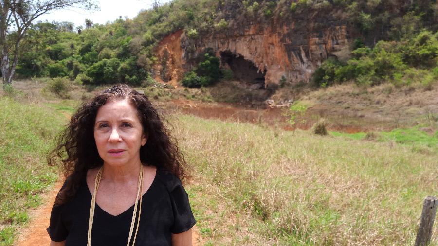 Maria Jacqueline Rodet em uma das grutas que mudou a sua vida - Leandro Aguiar/UOL