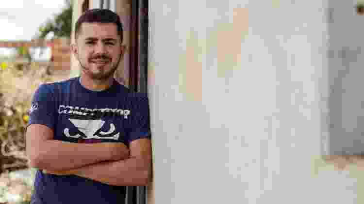 Samuel Ivani, estudante e escritor, em Jijoca (CE) - Marília Camelo/UOL - Marília Camelo/UOL