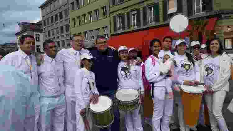 Paulo Cesar e Paulo Sergio (segundo e terceiro da esquerda pra direita, respectivamente) após desfile em Viena - Divulgação - Divulgação