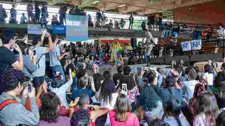 Evento sobre drag queens na Universidade de Brasília (UnB) promove a diversidade dentro do campus - André Gomes - Secom/UnB