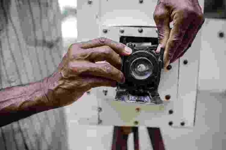 A máquina fotográfica de José Alves, retratista de Feira de Santana (BA) - Nelson Oliveira/UOL - Nelson Oliveira/UOL
