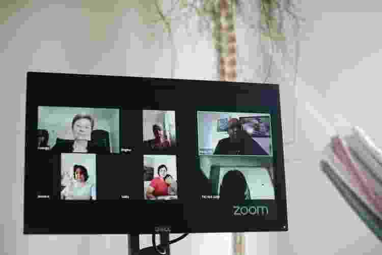 Grupo Espírita Razin tem feito videoconferências semanais para o estudo do evangelho e pretende criar um aplicativo próprio - André Nery/UOL - André Nery/UOL