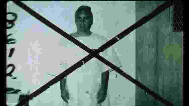 """""""Prisioneiro"""" voluntário do clássico experimento da Prisão de Stanford, realizado em 1971 - PrisonExp.org - PrisonExp.org"""