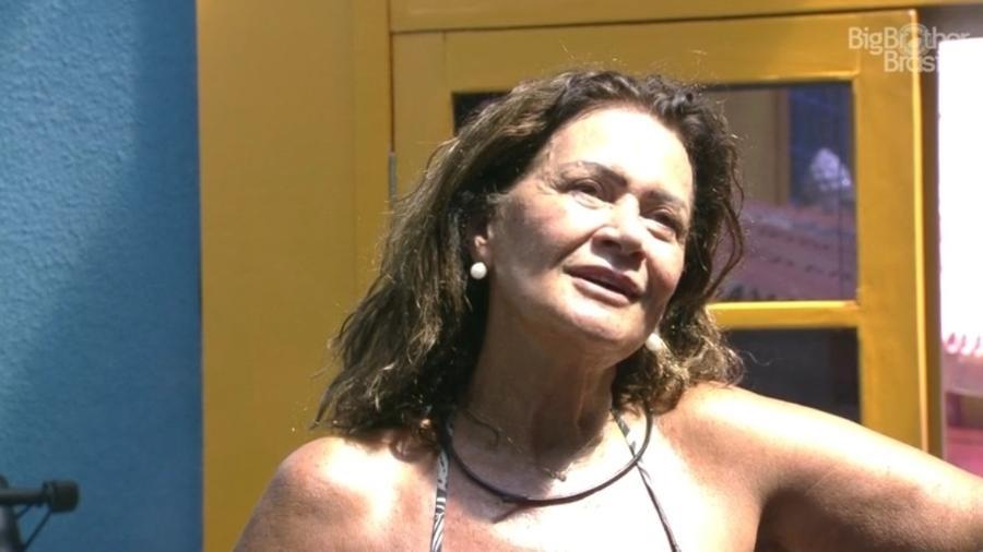 """Ieda e Marcos conversam sobre Emilly na academia do """"BBB17"""" - Reprodução/ TV Globo"""