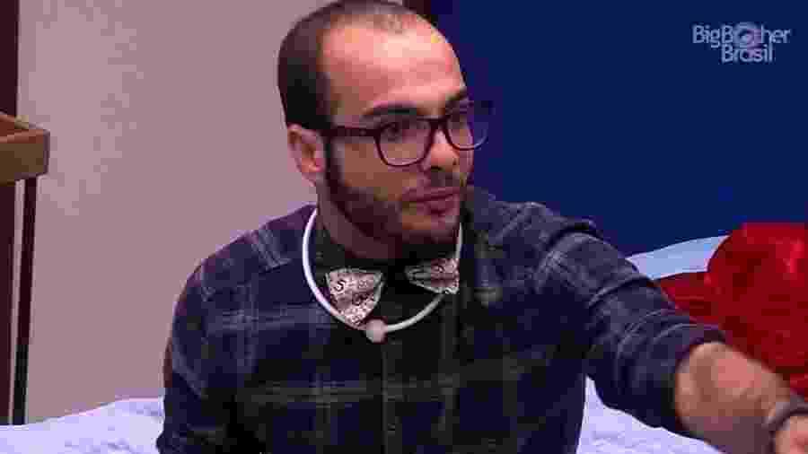 Mahmoud desabafa com brothers após ser indicado ao paredão  - Reprodução/GloboPlay