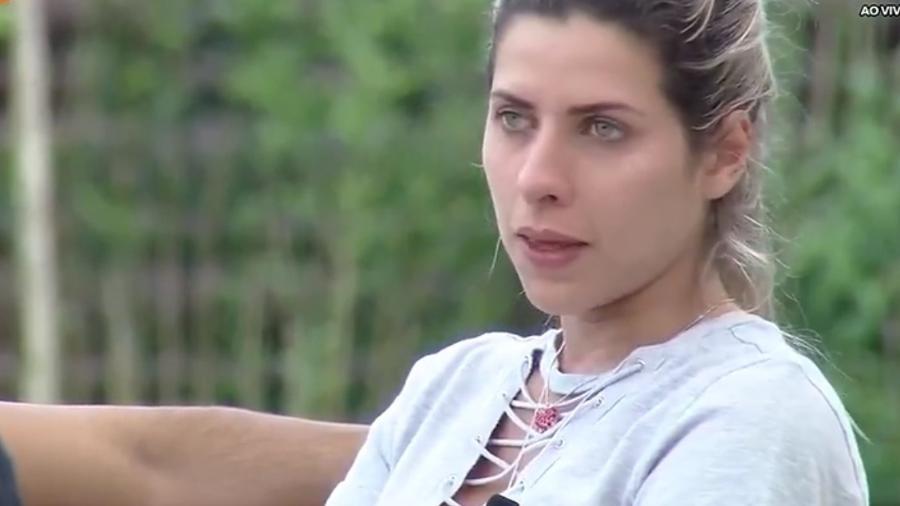 Ana Paula Minerato fala sobre problemas com o ex - Reprodução/R7