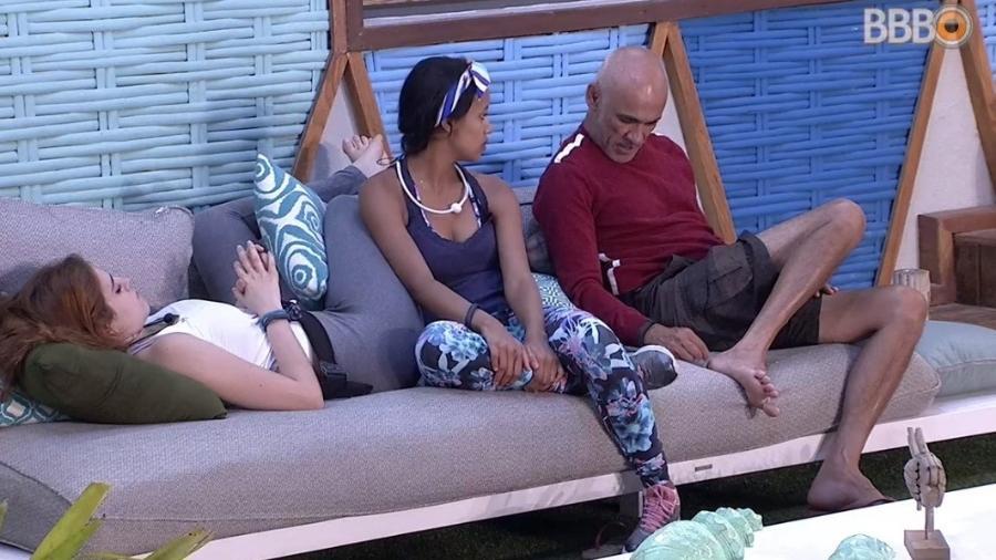 Gleici fala com Ana Clara e Ayrton - Reprodução/Globoplay