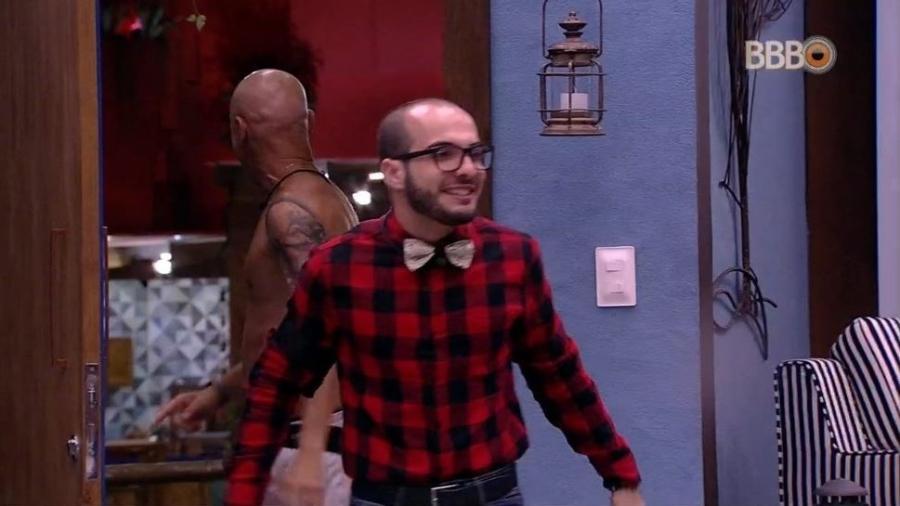Mahmoud entra no quarto do líder - Reprodução/GloboPlay