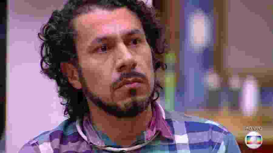 Rômulo está, ao lado de Marcos e Ieda, no paredão desta terça-feira - Reprodução/TV Globo
