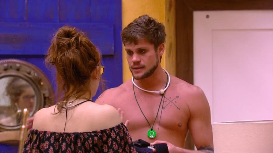 Breno diz para Ana Clara que não tem medo do paredão - Reprodução/Globoplay