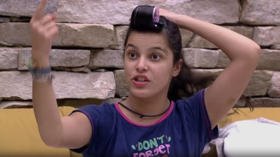 Emilly se irrita com Marcos - Reprodução/TV Globo
