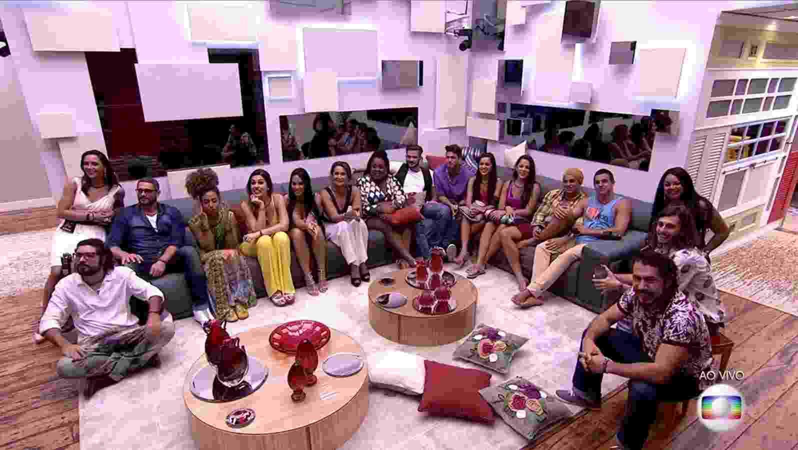 """24.jan.2017 - Participantes do """"BBB17"""" no primeiro dia de competição oficial - Reprodução/TV Globo"""