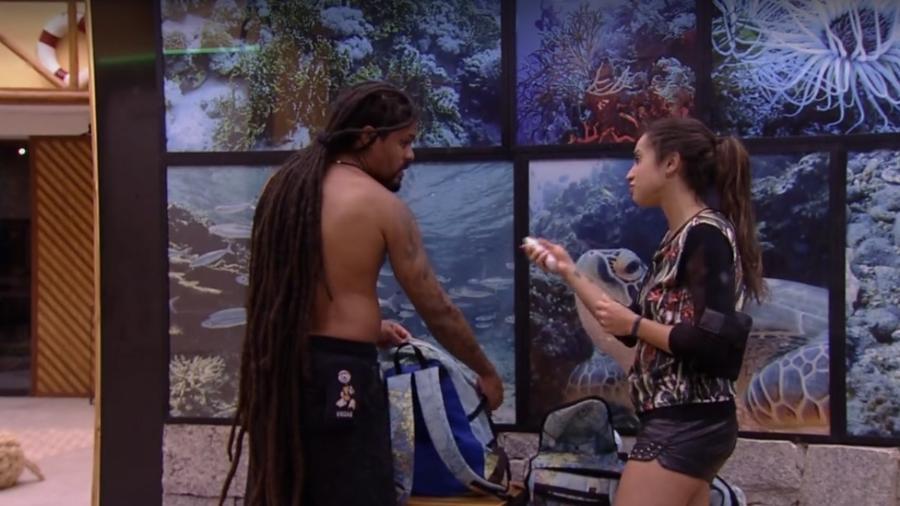 Viegas e Paula conversam sobre paredão - Reprodução/Tv Globo