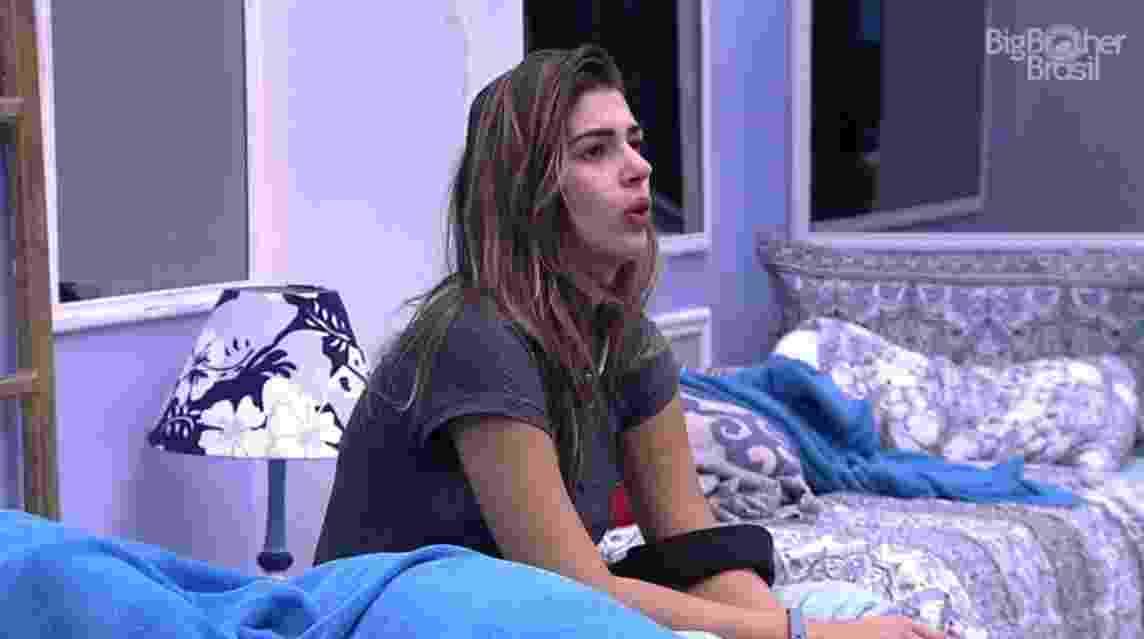 """""""Eu tenho que me benzer muito"""", diz Vivian em relação a Emilly - Reprodução/TVGlobo"""