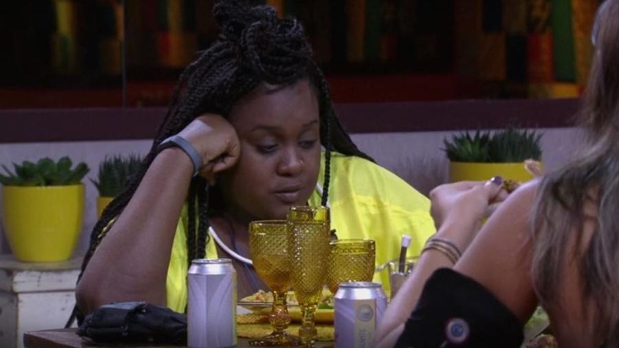 Roberta curte almoço do anjo e revela preocupação com sucesso de Emilly  - Reprodução/TVGlobo