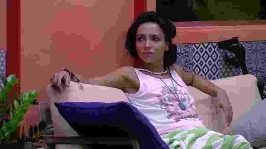 Fumante, Marinalva espera não ser julgada pelo Brasil - Reprodução/TV Globo