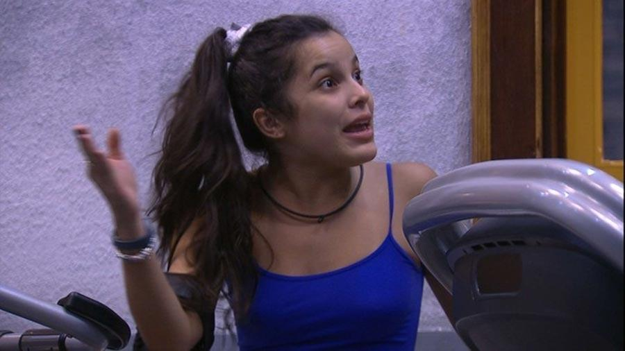 Emilly discute com Marcos na academia - Reprodução/TV Globo
