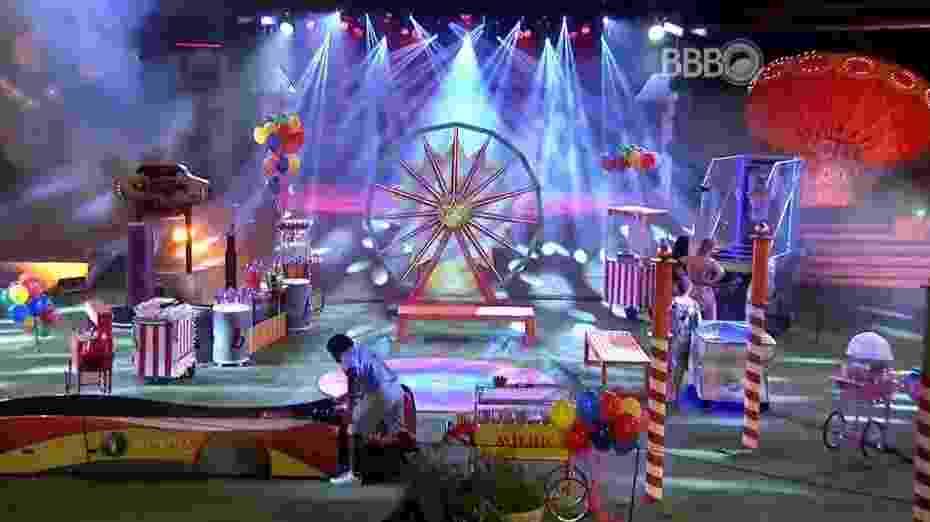 25.mar.2016 - Decoração da festa lembrava um parque de diversões - Reprodução/TV Globo