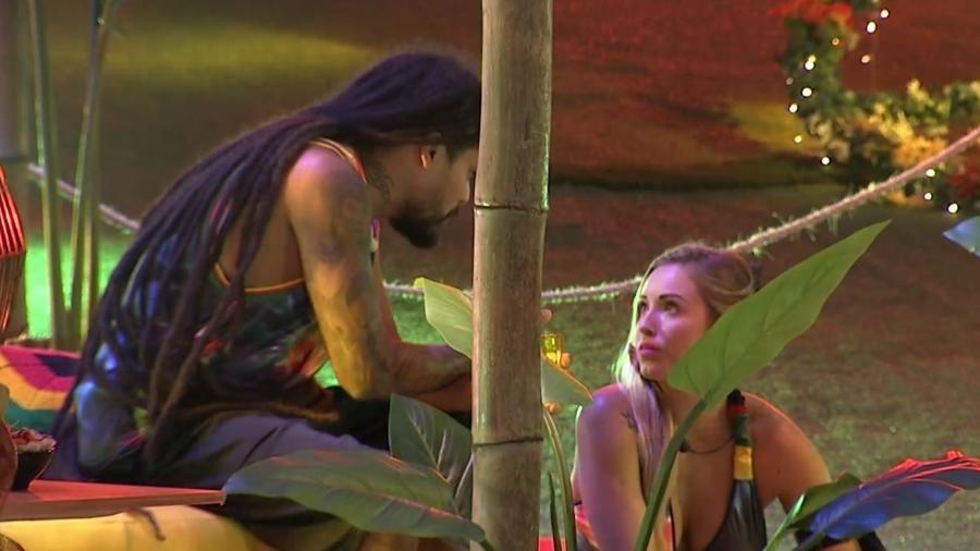 """Viegas e Jéssica falam de jogo na festa """"Reggae"""" - Reprodução/Gshow"""